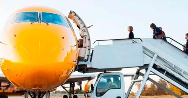 «Саратовские авиалинии» полетят в Санкт-Петербург
